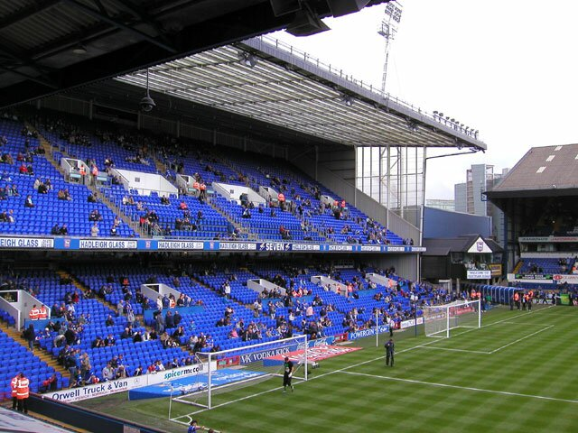 http://www.footballgroundsofengland.co.uk/images/Ipswich-1.jpg
