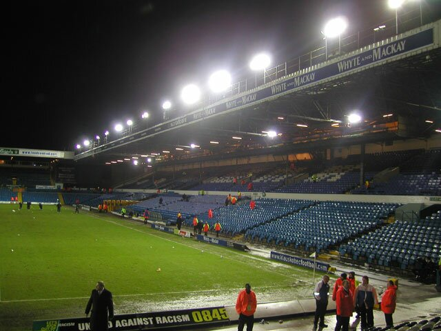 http://www.footballgroundsofengland.co.uk/images/Leeds-04.jpg