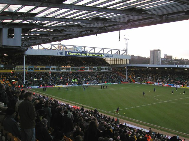 http://www.footballgroundsofengland.co.uk/images/Norwich-03.jpg
